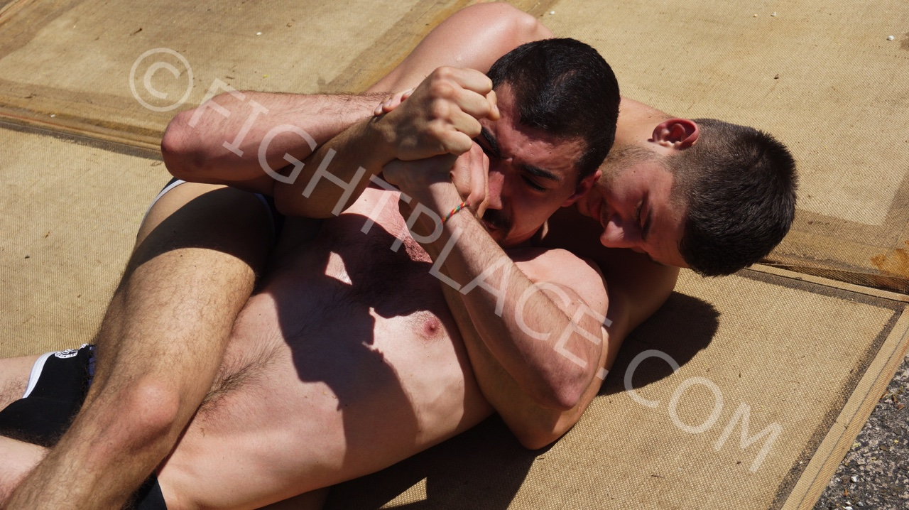 Sunny Afternoon Wrestling 4